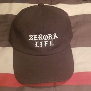 Accessories - Señora life hat
